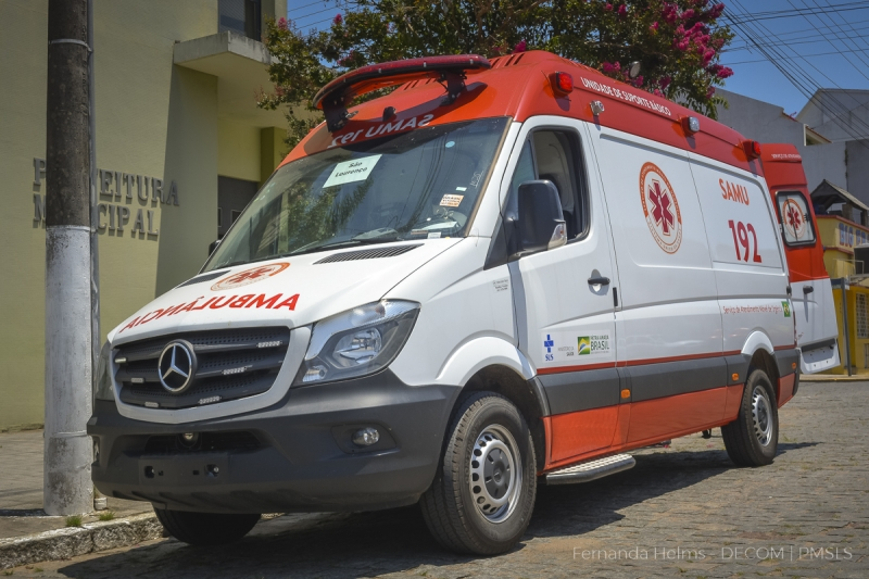Nova ambulância do SAMU foi entregue